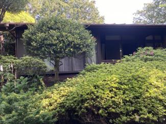 自然を楽しむ静かな住宅です。