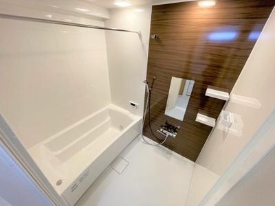 浴室ユニットバス新調!! 浴室乾燥機付きで雨の日も洗濯物に困りません