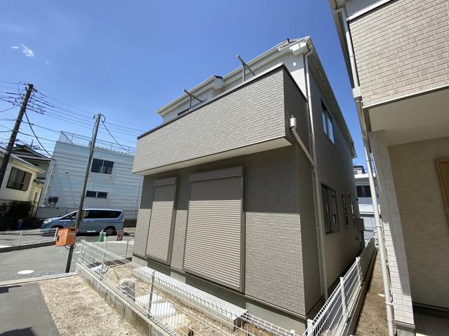 新京成線「二和向台」駅徒歩5分の全2棟の新築一戸建てです。