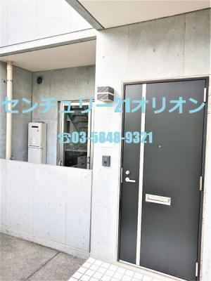 都会的センスのある玄関ドア