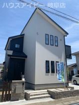 瑞穂市本田 新築建売全1棟 お車並列3台可能!広いお庭スペースもあります。2階にも洗面台があります。の画像