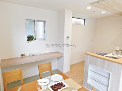 【居間・リビング】狭山市祇園・全1棟 新築一戸建 ~全室南向き~