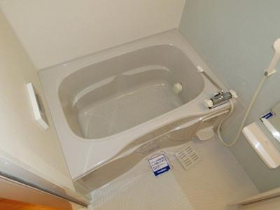 【浴室】ジョイフルキューブ
