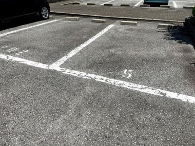 【駐車場】オマージュ壱番館
