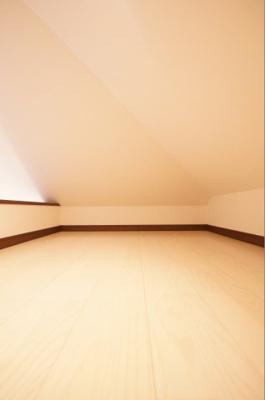 寝室や収納等に利用できるロフト部分