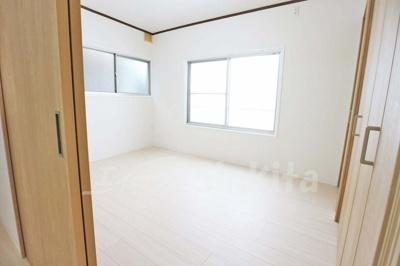 【洋室】東三国1丁目テラスハウス