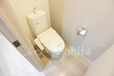 【トイレ】ベロクオーレ三国ドゥーエ