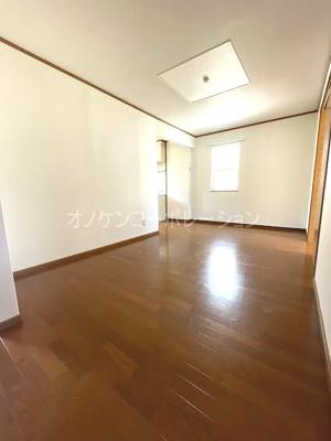【居間・リビング】オマージュ弐番館
