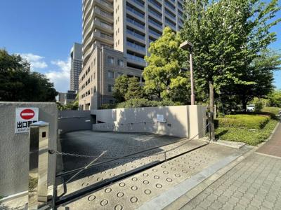 【駐車場】OAPレジデンスタワー西館