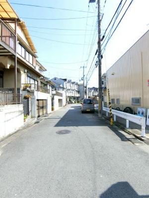 【前面道路含む現地写真】伏見区日野谷寺