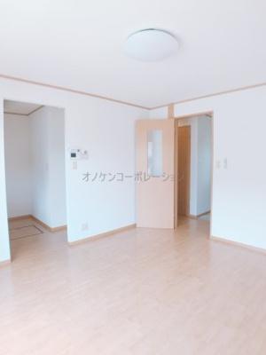 【居間・リビング】コンフォート大島ⅡC