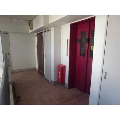 共用廊下(エレベーター前)