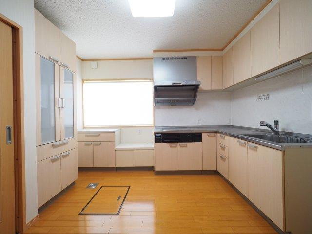 【キッチン】大仙市大曲福辺内 中古戸建て住宅