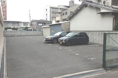 【外観】浅田ガレージ 青空