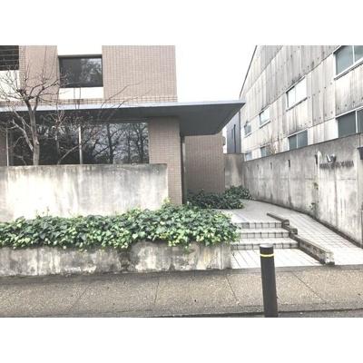 【エントランス】メゾンソフィア