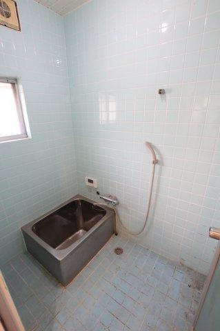 【浴室】須惠町大字佐谷戸建