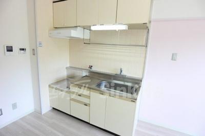 【キッチン】アウロラコート緑地公園