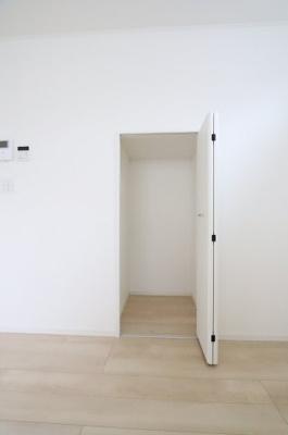 便利な収納スペースです 吉川新築ナビで検索