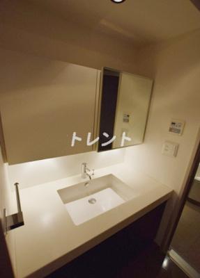 【独立洗面台】コンフォリア日本橋人形町ノース