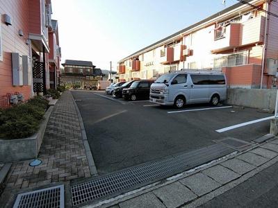 【駐車場】フローレスタⅡ