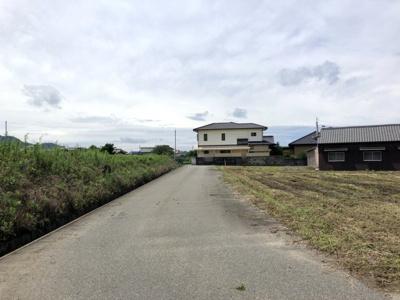 【前面道路含む現地写真】福津市勝浦売地