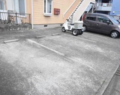【駐車場】ハイツクリード