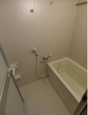 【浴室】ラ・メゾン山手3番館