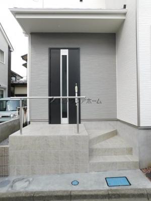 【玄関】入間市小谷田2丁目・全1棟 新築一戸建 1号棟
