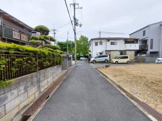 前面道路は北側に幅員4mです♪静かな住宅地です!