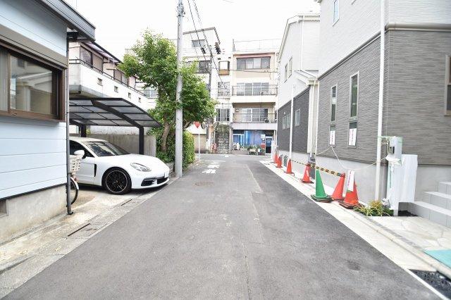 前面道路は5.0m車の通行はほとんど御座いません。