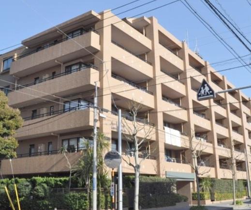 6階建て6階部分の最上階は3世帯のみの特別仕様 南西向きワイドバルコニー 住宅ローン減税適合物件