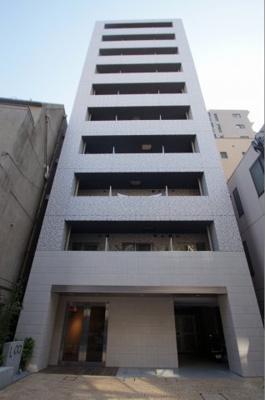 京急川崎駅徒歩5分の築浅マンションです。