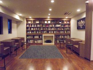 ブックサロンで読書をお楽しみいただけます。