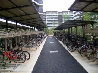 自転車置場  区画数870台
