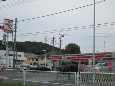 サンクス町田鎌倉街道店まで608m