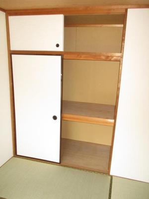 6.0帖和室収納