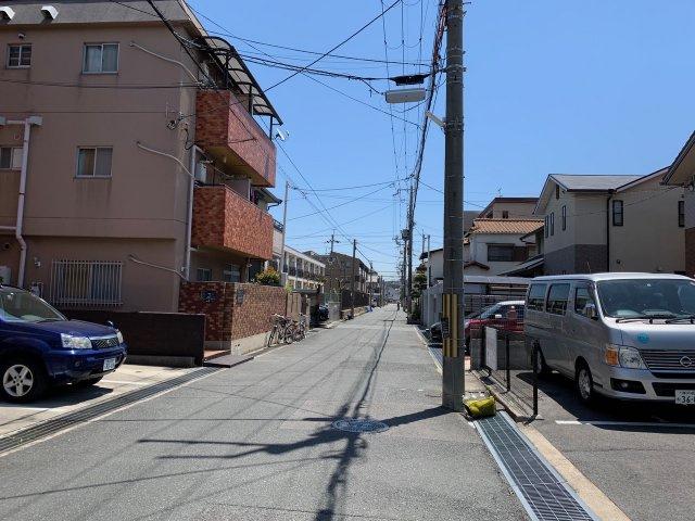 【前面道路含む現地写真】PLAISIR若草町