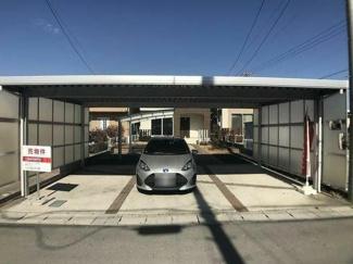 大垣市昼飯町 中古住宅築5年リフォーム済みです。 カーポート付きの駐車場4台可能!敷地面積80坪!