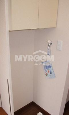 室内洗濯機置場★上部収納☆インターホン☆