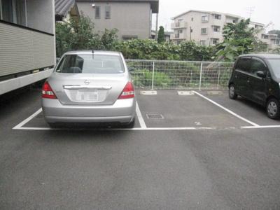 【駐車場】y-Flats(ワイフラッツ)