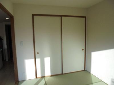 和室には、収納力の高い押入れが付いています!