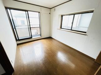 船橋市夏見 中古一戸建て 新船橋駅 2つの窓を使っているため非常に明るいお部屋になります!