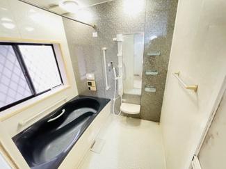 おしゃれな浴室となっています!