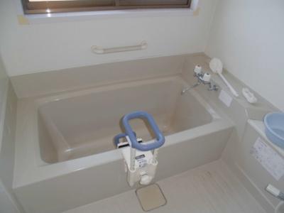 【浴室】大館市東台三丁目・中古住宅