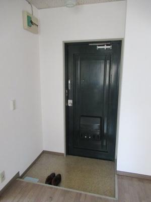 【玄関】末吉町3マンション