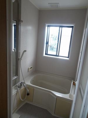 【浴室】三輪町戸建