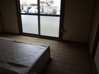 1階玄関横