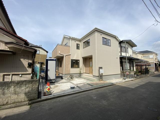 新京成線「高根公団」駅徒歩10分の全1棟の新築一戸建てです。