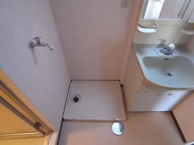 洗濯機置場には防水パン
