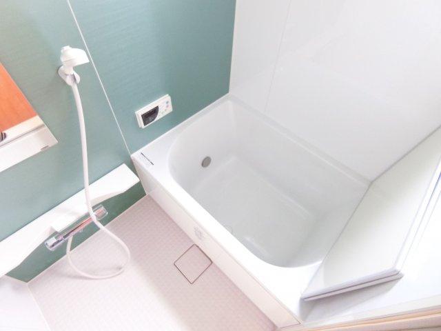 【浴室】寿町2丁目貸家